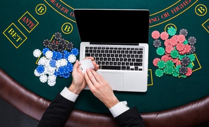 Lựa chọn chơi Casino trực tuyến ở đâu uy tín?