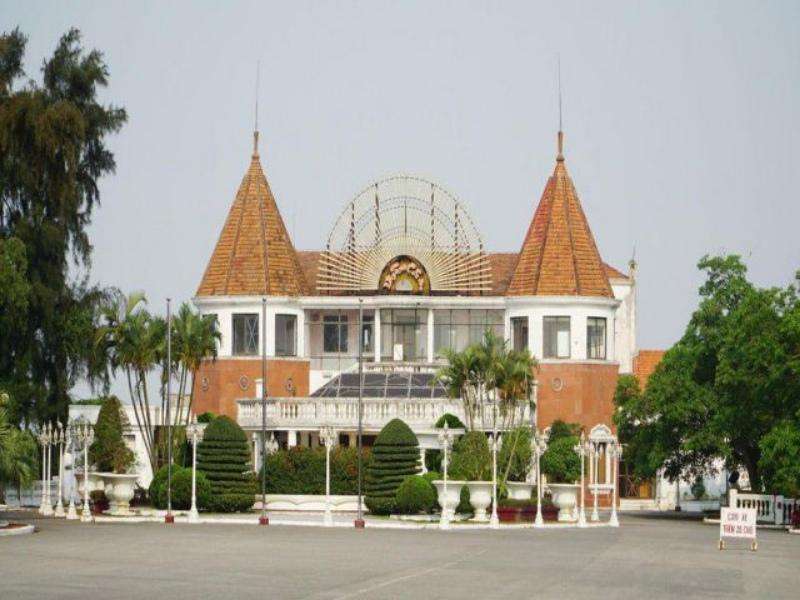 Casino Đồ Sơn toạ lạc tại thành phố hoa phượng đỏ của đất nước Việt Nam