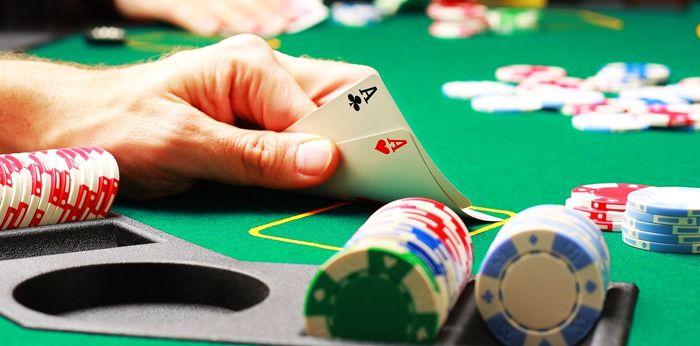 Hướng dẫn cách chơi Poker cơ bản dành cho người mới